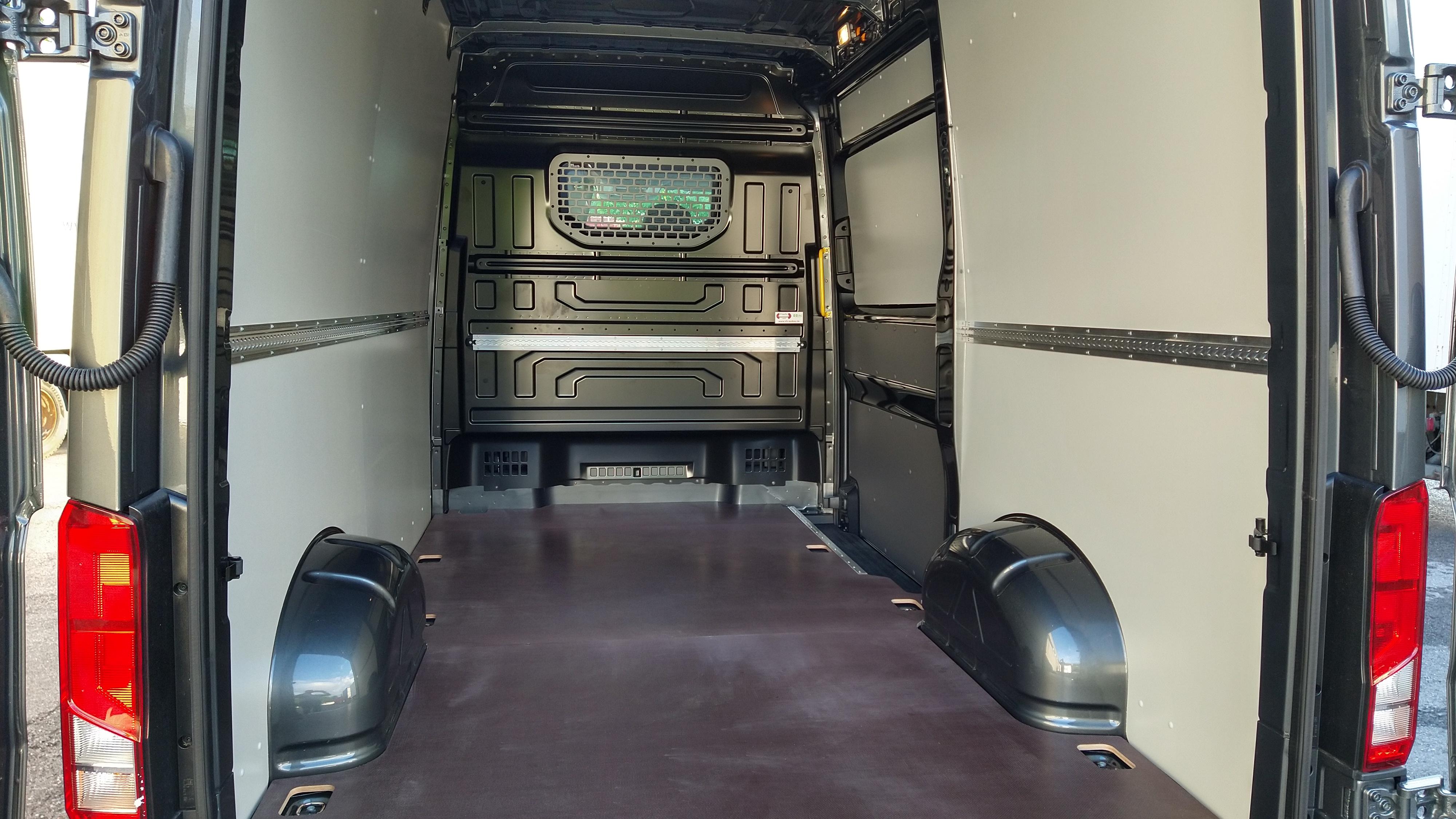 Innenverkleidung Set, Vollverkleidung, Volkswagen Crafter 35 Kasten L4H3 / Lang, Hochdach / FWD / RD