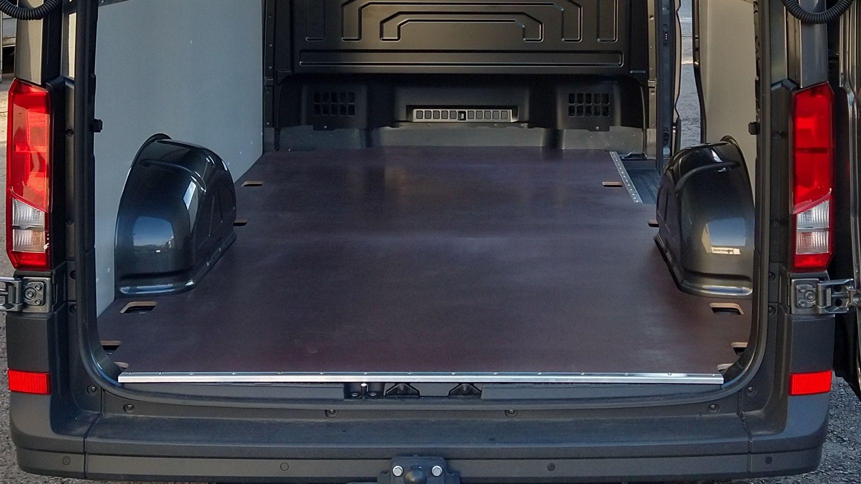Fahrzeugboden Volkswagen Crafter 30/35 Kasten L3 / Mittellang / FWD & RWD / RD