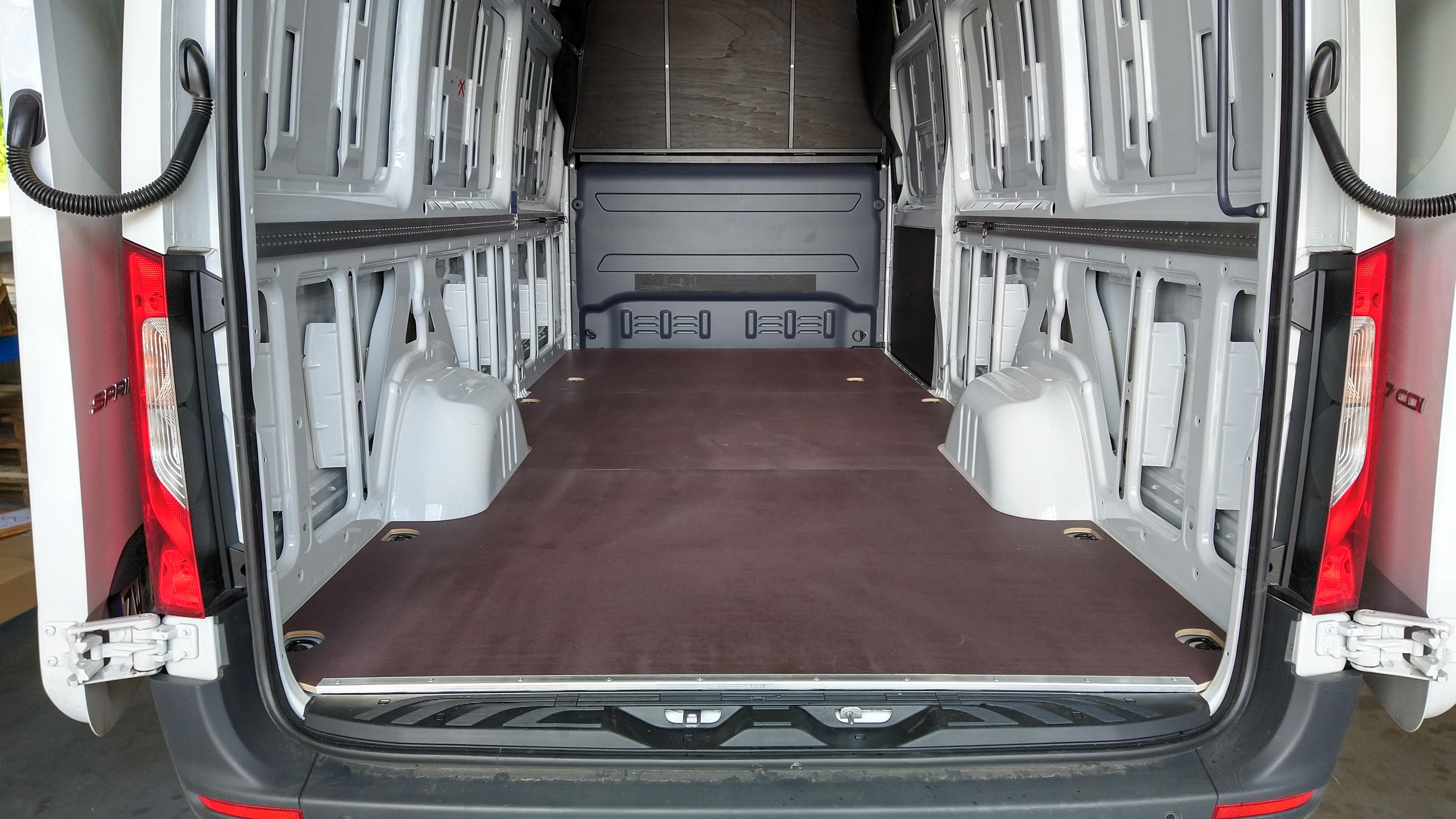 Fahrzeugboden Mercedes Sprinter L3 / Lang / FWD & RWD / RD